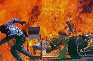 Foi nesse discreto incidente que desconfiaram que havia algo diferente na bomba de combustível da Benetton